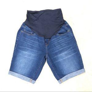 Old navy Maternity full panel jean shorts